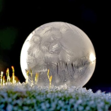 Frozen_Soap_Bubble_4