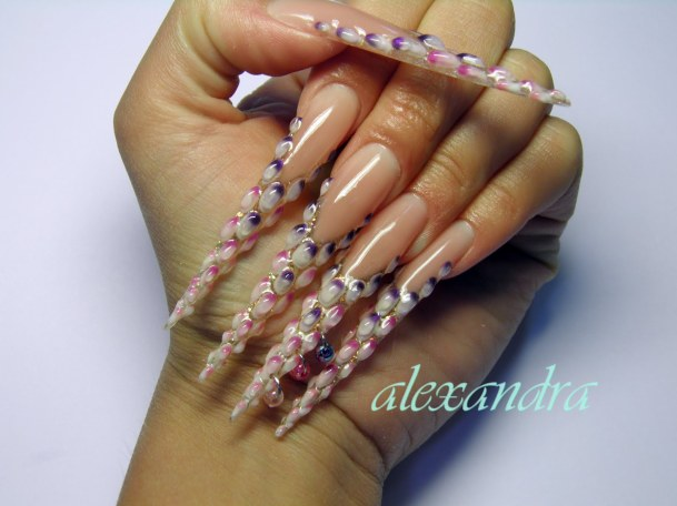 146683-stiletto-nail-designs