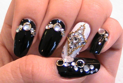 japanese-black-nail-art