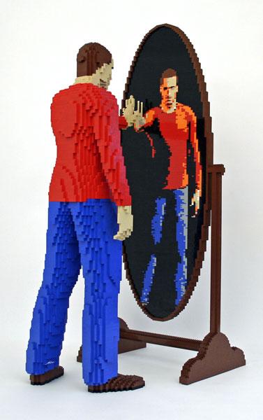 Incredible-LEGO-Art-by-Nathan-Sawaya-reflection