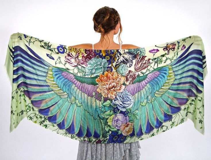 hand-drawn-winged-scarves-that-will-turn-you-into-a-bird-5__880
